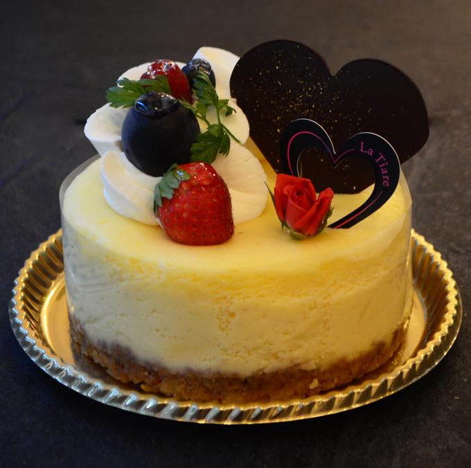 名東区のケーキ屋ラティアールの【チーズスフレ】