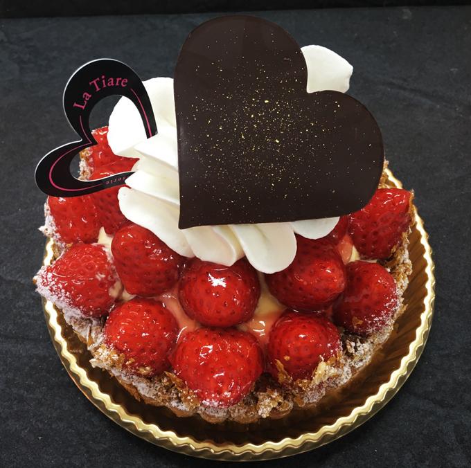 名東区のケーキ屋ラティアールの【タルトフレーズ】